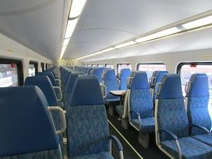メトロリンクの電車内部