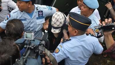 仮保釈されたシャペルさんby SBS News
