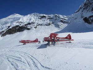 氷河観光遊覧飛行 byK2