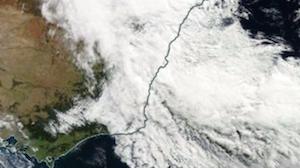 宇宙から見た低気圧 by NASA