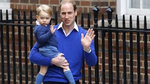 病院をたずねるジョージ王子