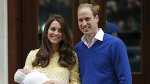生まれた赤ちゃんと一緒にケイト妃とウィリアム王子