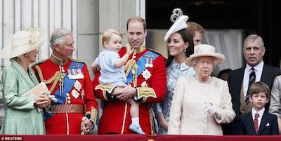 エイリザベス女王 89歳の祝賀パレード