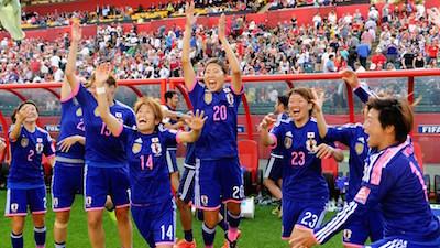 もう一度この笑顔がみれるかな!英国に勝利して喜ぶ『なでしこジャパン』