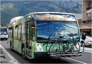 バンフの公共交通機関